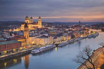 Christmas on the Danube (Collette)