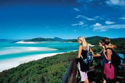 Brisbane to Cairns Northbound (Adventure Tours Australia)