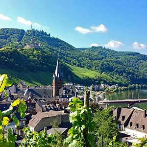 Active & Discovery on the Moselle with 2 Nights in Paris (Avalon Waterways)