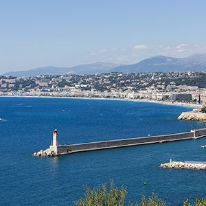 Burgundy & Provence with 2 Nights in Paris, 2 Nights in Aix-en-Provence & 2 Nights in Nice (Southbound) (Avalon Waterways)