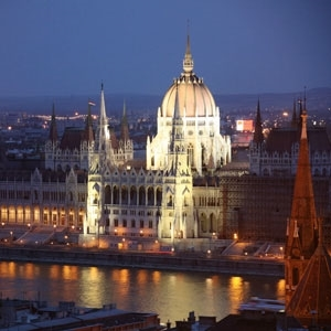 Festive Season on A Taste of the Danube with 2 Nights in Vienna & 2 Nights in Budapest (Eastbound) (Avalon Waterways)